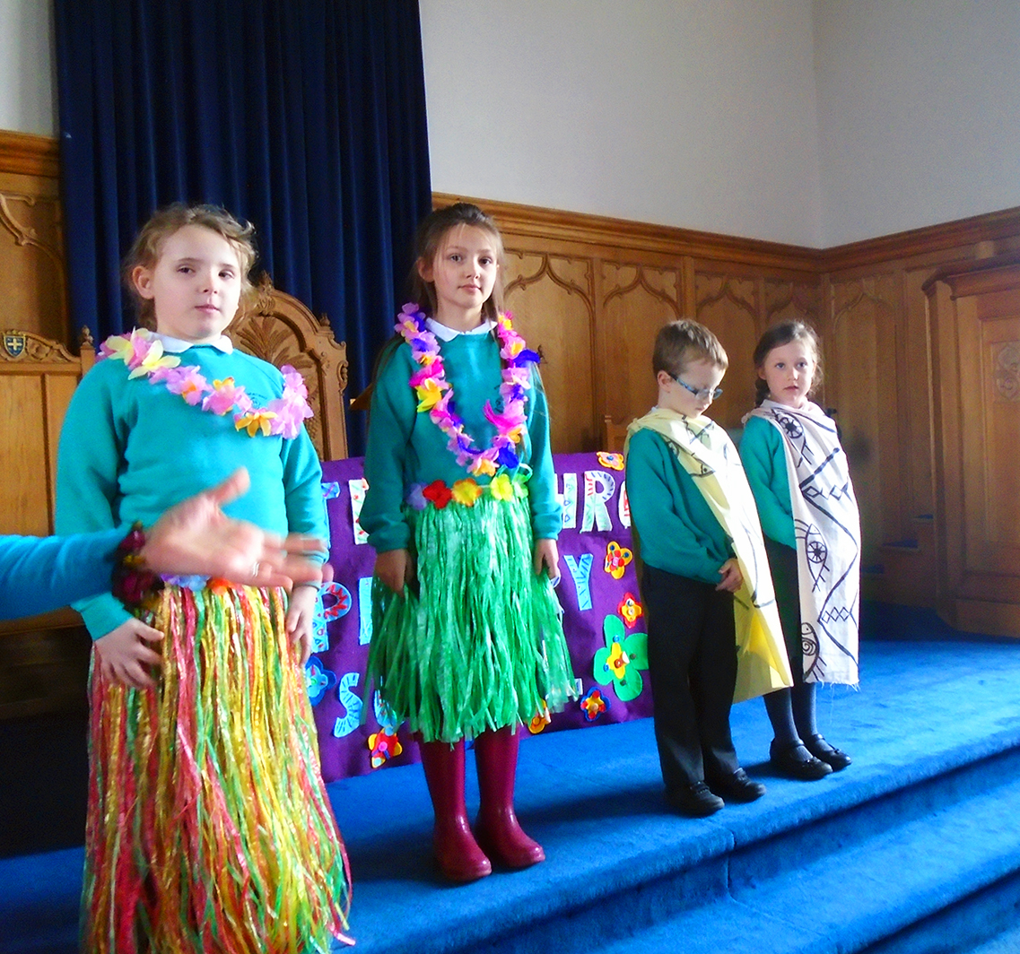 Stracathro Primary Church Service Easter 2016 - 03