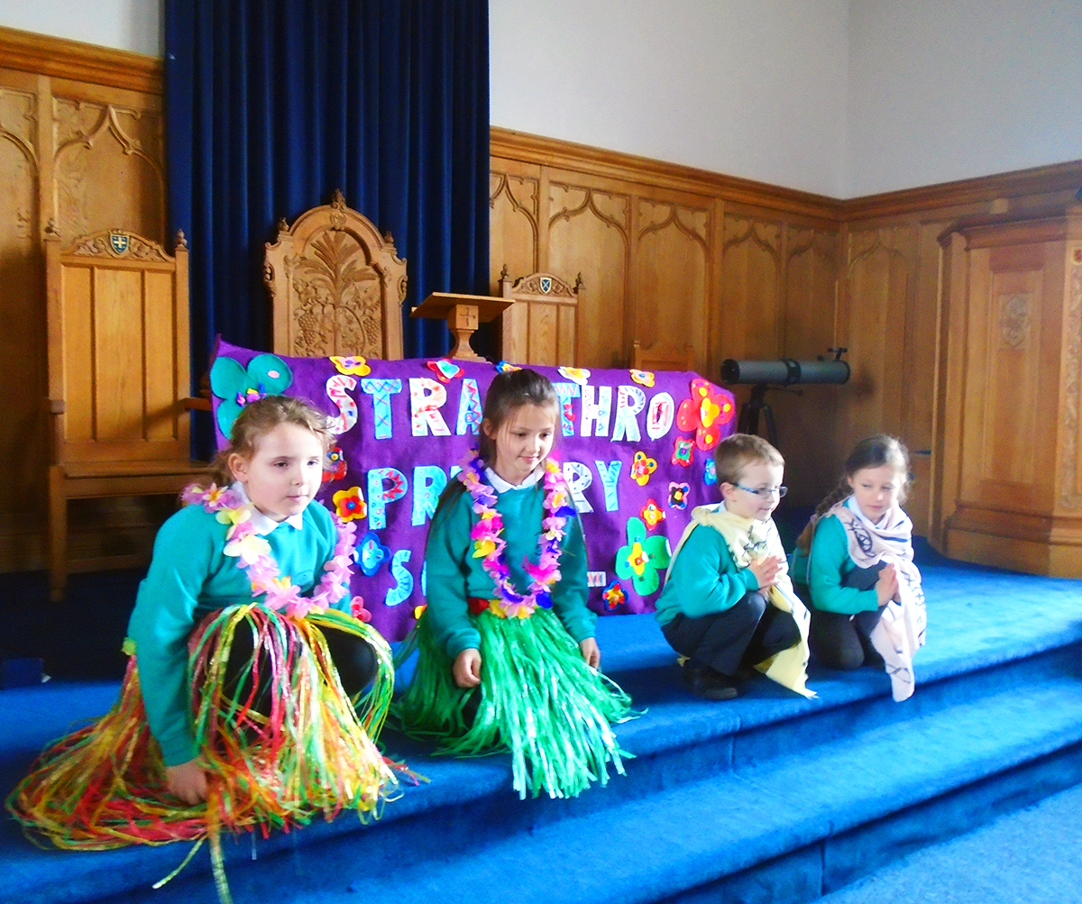 Stracathro Primary Church Service Easter 2016 - 04