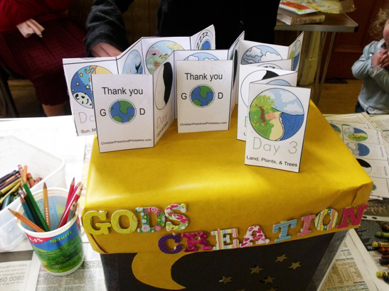 Messy Church 095